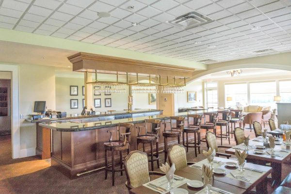 Dining area in Glenmore Community
