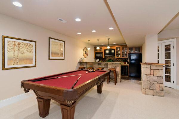 Basement recreation room and wet bar.